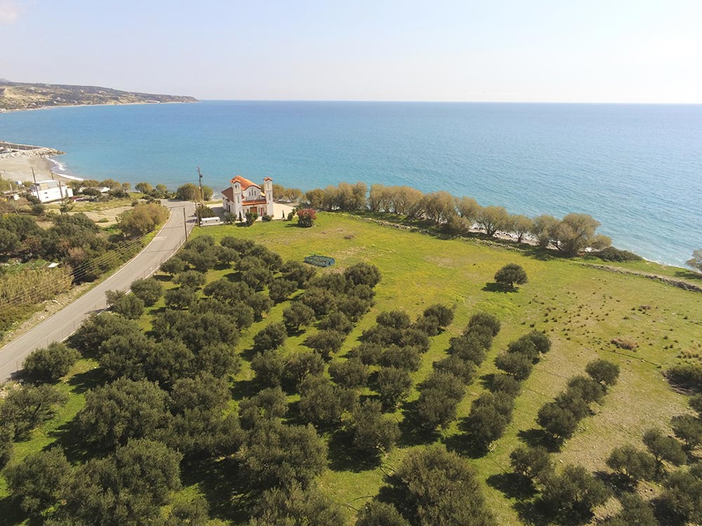 Seaside plot of 4000sq.m. 2
